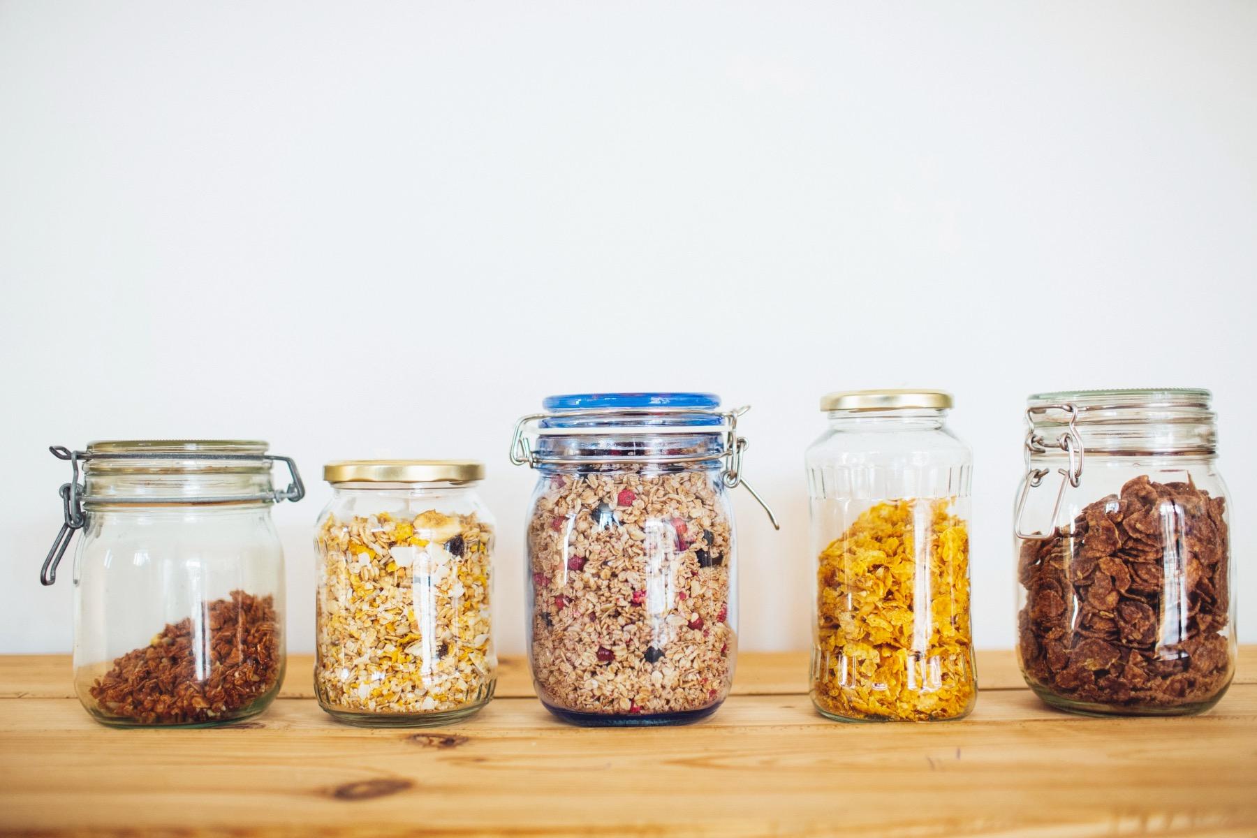 plastikfrei Gläser mit Lebensmittel – ©Unsplash