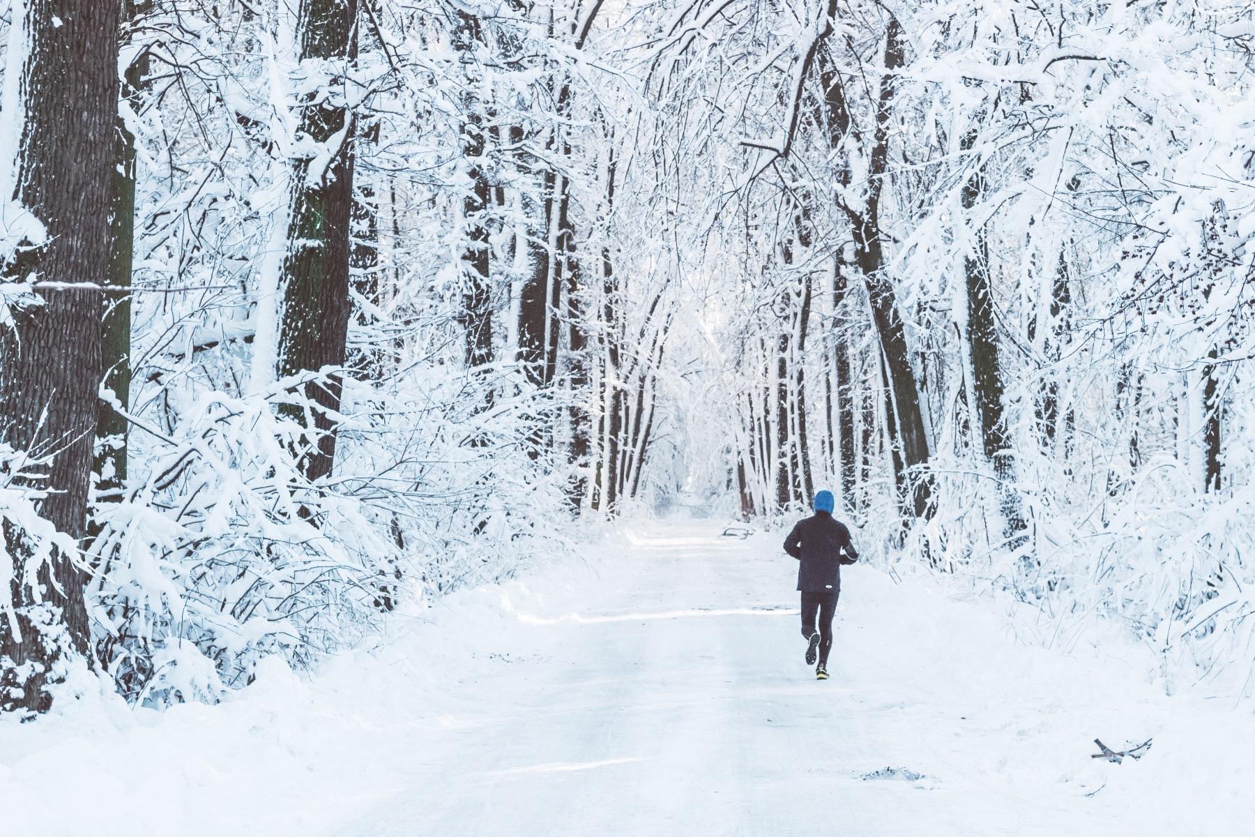 Fit trotz Schnee Joggen im Schnee