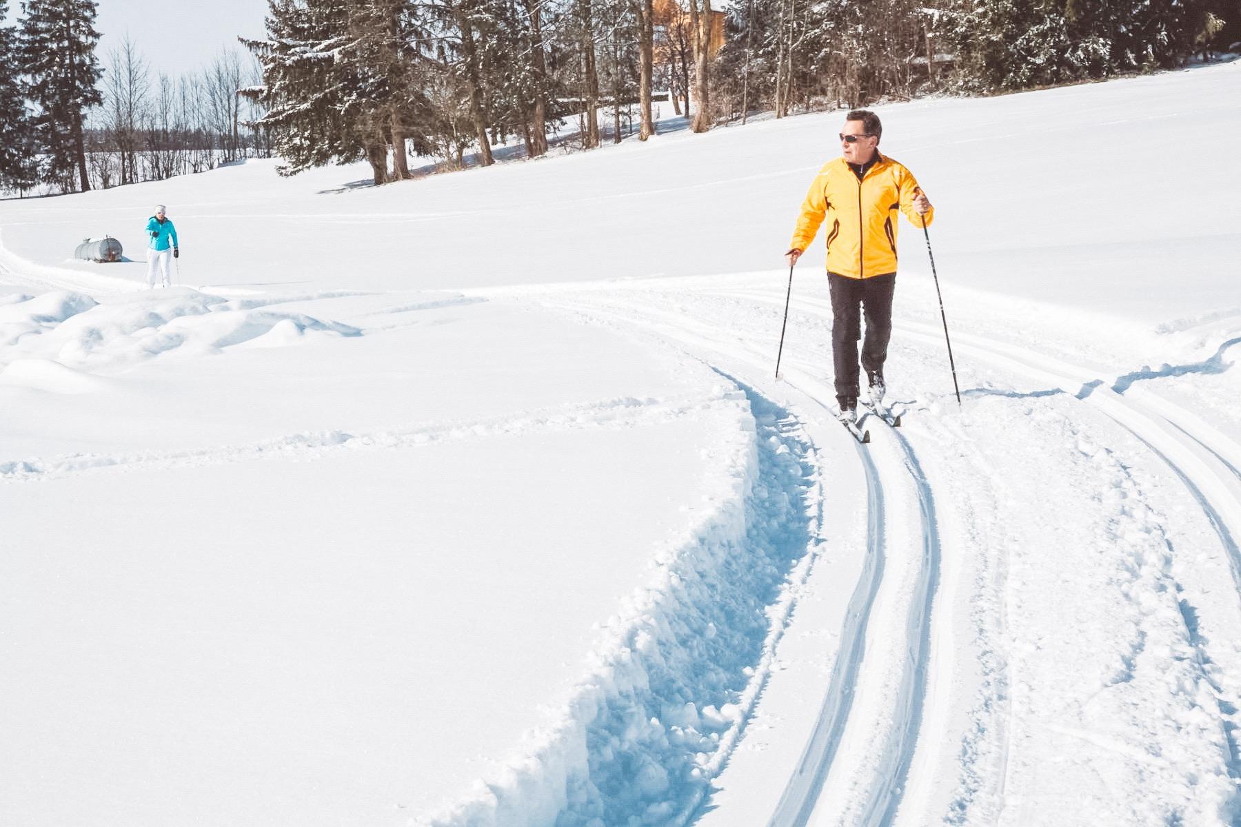 Fit trotz schnee Langlaufen im schnee