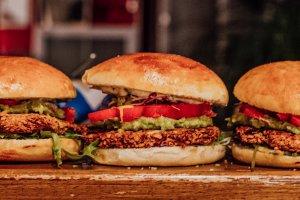 kolumne Augsburger Koch Leckamann Veggie Burger