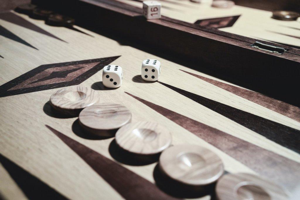 das große spiel Revival beckgamon