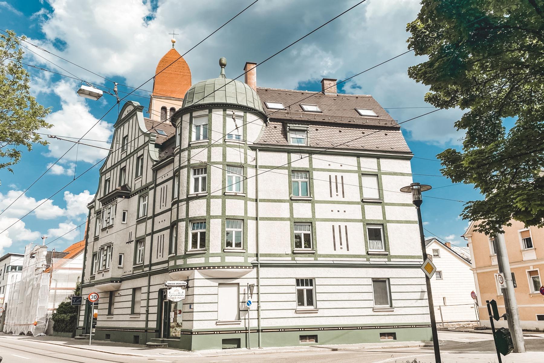 Haus an der Ecke Augsburgerstraße / Gellertstraße