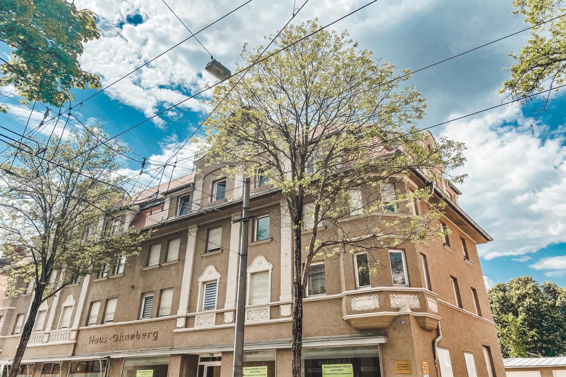 Das Haus Ohneberg in der Augsburger Straße 36 geht auf den Namen des Bauherrn zurück Herrn Ohneberg.